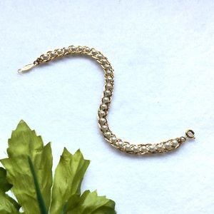 Vintage Interwoven Pearl and Chain Bracelet